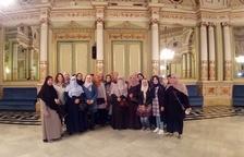 Alumnas del curso de alfabetización de adultos en catalán visitan Barcelona