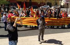 Manifestació a Calafell contra la «propaganda independentista»