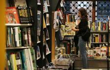 Llibreries de Reus i Tortosa obren aquest diumenge abans de Sant Jordi amb un ambient més tranquil per al lector