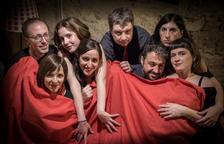 LLa compañía Entrellaçats celebra su tercer aniversario encima de los escenarios.