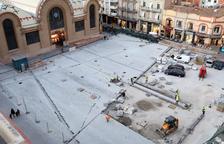 El Ayuntamiento recepciona la plaza Corsini y los marchantes se trasladan en verano