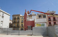 La demolició de l'últim edifici al Pallol acabarà aquest mes de maig