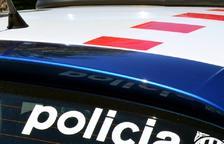 Detingut per robar en un supermercat de Torreforta i agredir un vigilant de seguretat