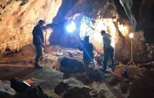Nuevos restos humanos y cerámica neolítica en la cueva de la Sima de Cunit