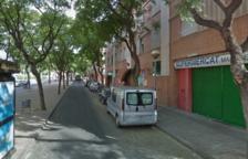 El accidente se ha producido en la calle Mas Abelló, a la altura del número 20.