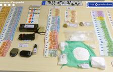 Se intervinieron 850g de cocaína y más de 10.000 euros en metálico.