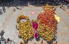 El Hola, Sant Pere' vuelve a llenar de escolares la plaza del Mercadal de Reus
