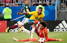 Neymar sitúa a Brasil como máxima favorita para alzar la Copa del Mundo (2-0)