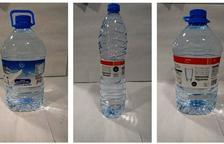 Imagen de las botella de agua retiradas de Eroski.