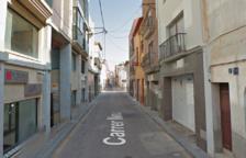 La Policía Local del Vendrell y los Mossos han detenido al autor de la agresión en la calle Nou.