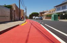 La vía se ha pintado en la avenida del Priorat y se tiene que señalizar.