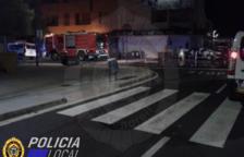Imagen de Bomberos y Policía Local personados en el lugar de los hechos.