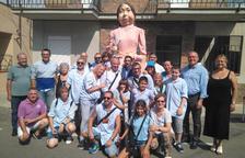 La geganta Paquita amb els alcaldes i regidors de Creixell i Reus