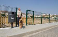 La ciudad cuenta con varios parques de recreo para mascotas.