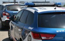 Els veïns van denunciar l'agressió dels encaputxats als mossos.
