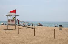 Seis playas de la provincia de Tarragona se encuentran con bandera roja