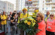 L'ofrena floral al Baluard parla de «civisme, llibertat i democràcia»