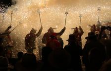 Ball de Diables: 35 anys de foc, pólvora, espurnes i versots endimoniats