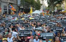 L'independentisme es concentra davant la conselleria d'Economia un any després del 20-S.