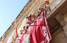 Pilars caminant, correfoc y traca para despedir las fiestas de Santa Tecla