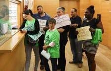Reclaman parar el desahucio de una mujer de un piso ocupado en el centro de Reus