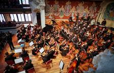 L'Orquestra Simfònica Camera Musicae, a l'Auditori Josep Carreras, amb el pianista Melnikov