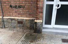 Reclamen a l'Ajuntament que actuï a un bloc de Riu Clar afectat des de fa mesos per aigües fecals