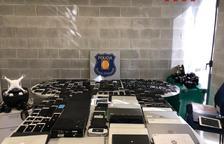 Els Mossos d'Esquadra localitzen un pis utilitzat únicament com a punt de receptació d'objectes provinents de furts d'arreu de Catalunya