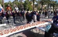 Los salouenses disfrutan del desayuno y el pasacalle del 30 de octubre