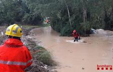 Troben sana i estàlvia la propietària del vehicle enfonsat al pas de barca de Benifallet