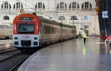 Un tren de cercanías en una imagen de archivo