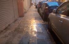 Les aigües fecals provenen d'uns baixos del carrer