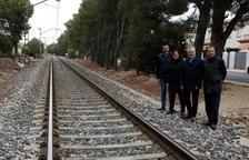 Adif assegura a Mont-roig que el 2022 haurà desmantellat la via de la costa
