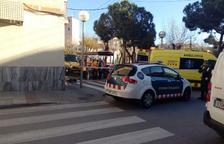 El SEM i els Mossos d'Esquadra s'han desplaçat fins al carrer de Bonavista.