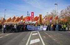 Els treballadors d'Endesa segueixen amb les seves mobilitzacions i tallen l'N-340