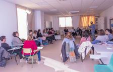 Veinte personas empiezan un curso de velador escolar en Constantí