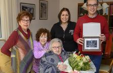Constantí homenajea a la centenaria Carme Gras Badia