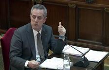 El exconseller de Interior Joaquim Forn respondiendo las preguntas del fiscal en el juicio del 1-O.