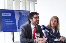 La Generalitat conectará con fibra óptica pública el Baix Llobregat, el Garraf y el Baix Penedès