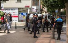 Los CDR llaman a publicar malas reseñas sobre los hoteles que alojan policías