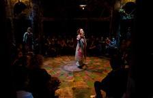 El espectáculo familiar de teatro, música y objetos 'Momo' llega al Convent de les Arts d'Alcover