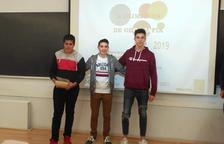 Pere Roig, José Caramiña i Martí Toro, primers classificats a la X Olimpíada de Geografia