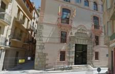 Juzgarán un conductor de ambulancia que robaba joyas a pacientes de edad adelantada en Alcanar