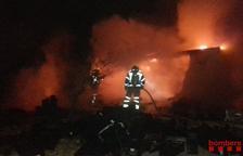 Incendio de un contenedor utilizado como almacén en la Ràpita