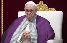 El papa Francisco reaparece desde el hospital una semana después de su operación
