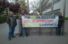 Sis treballadors protesten des de dos mesos per quedar-se al carrer a Salou