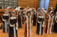 Se ponen en venta las figuras de los Gegants del Vendrell