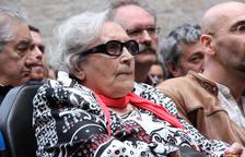 Òmnium Cultural impulsa un certamen literario dedicado a Neus Català