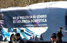 Hazte Oir posarà en circulació aquest dilluns tres autobusos amb frases de Sánchez, Rivera, Levy i Maroto