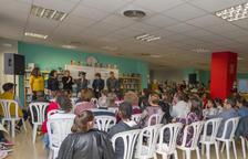Presentado el libro 'Contes a moltes mans', obra de alumnos de escuelas de Constantí